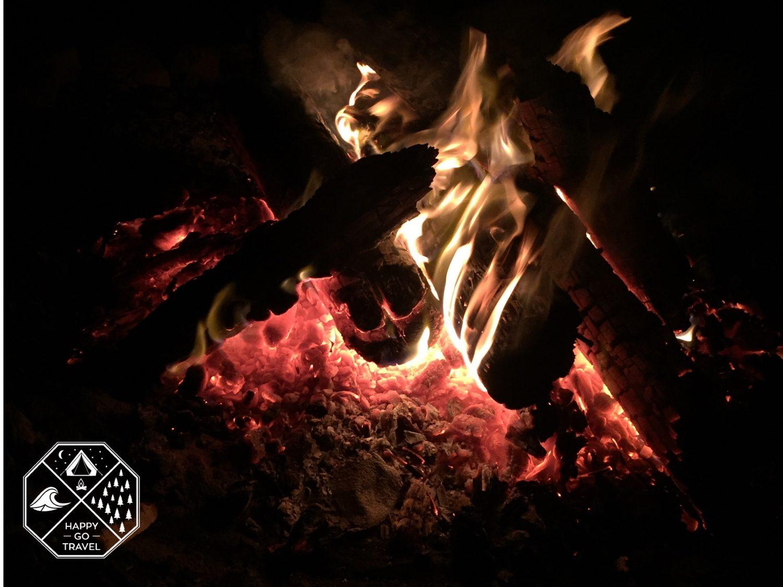 How to build a campfire | campfire red hot coals