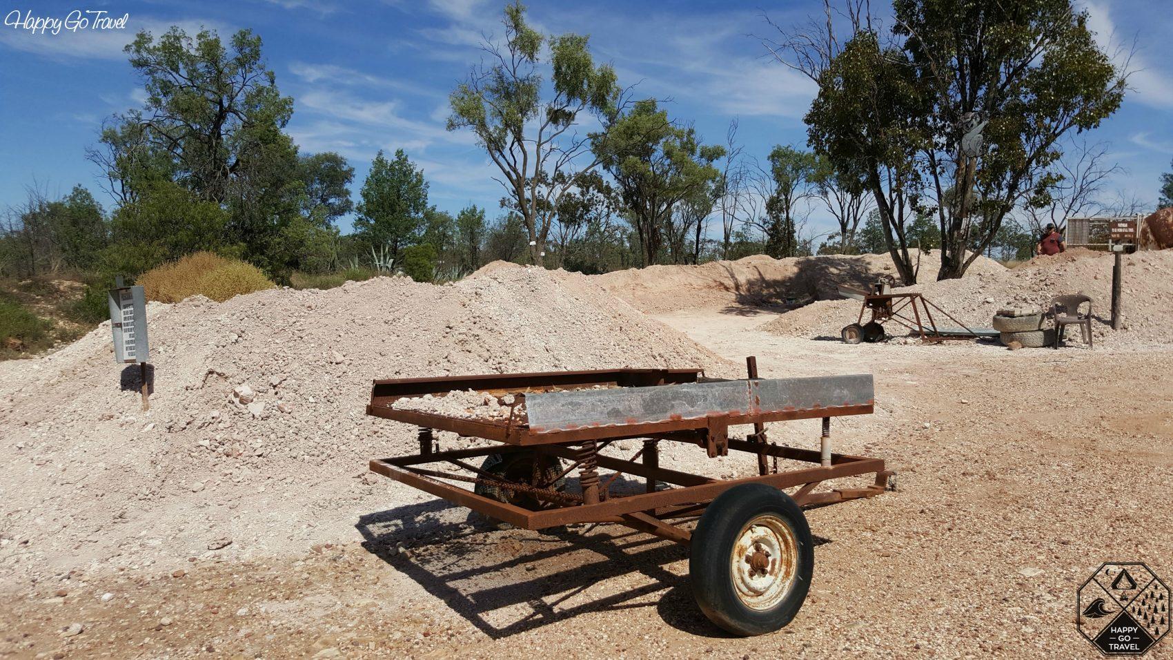Fossicking area Lightning Ridge opal mines
