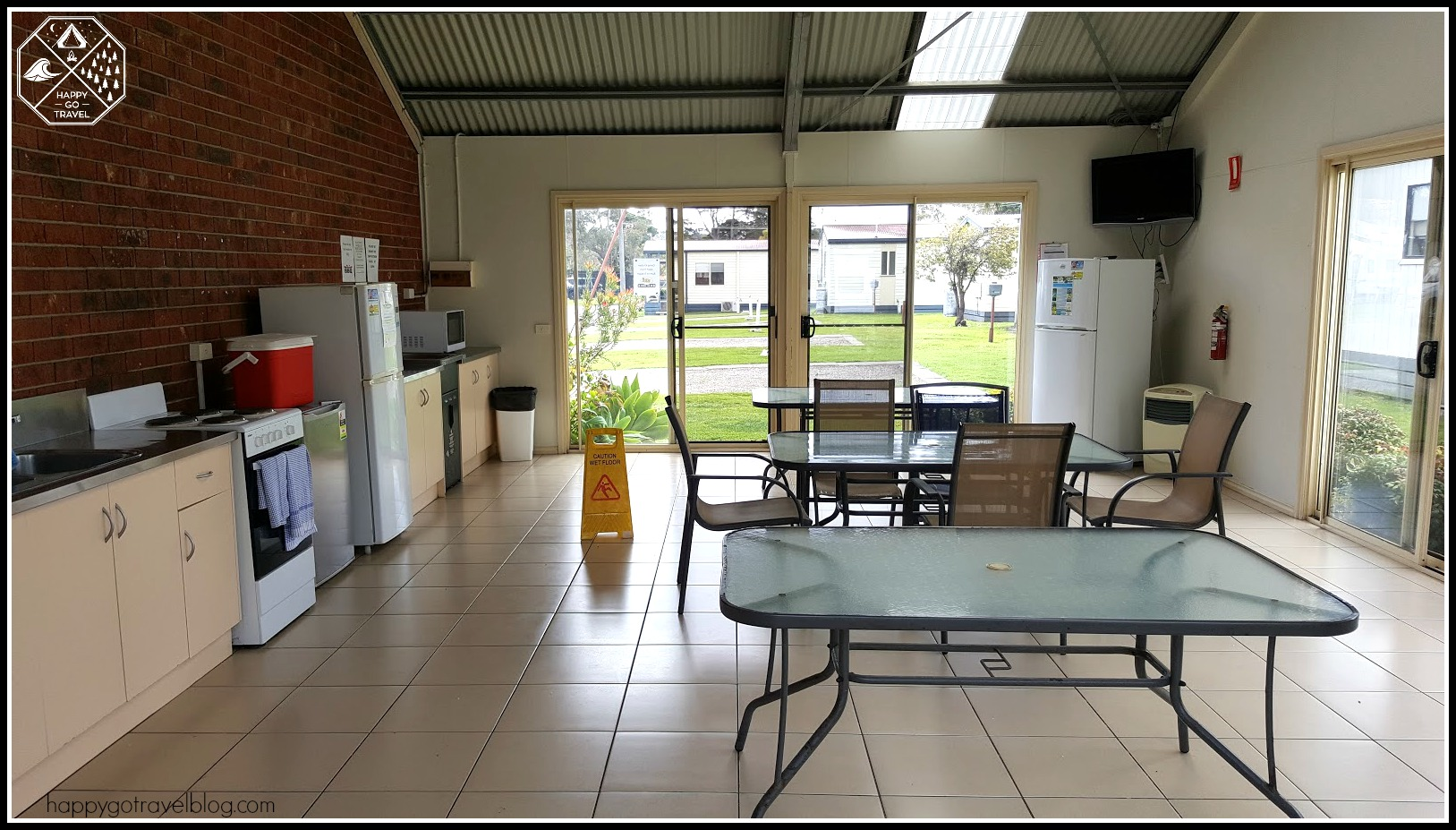 Discovery Parks Geelong camp kitchen
