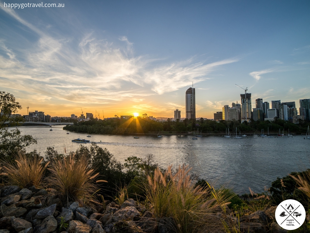 Brisbane city sunset QLD - Day Trips From Brisbane
