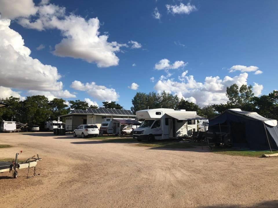 Winton Caravan Park - Roadtrip from Brisbane to Winton Qld