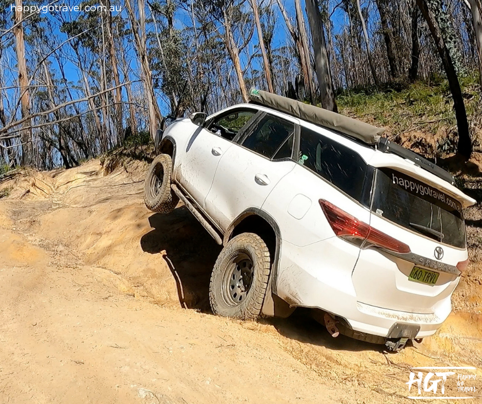 Toyota Fortuner off-road Newns state forest - Capable 4wd